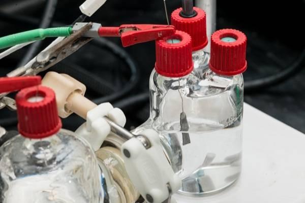 Nuevo catalizador de alta eficiencia para convertir CO2 en un gas útil para la industria química